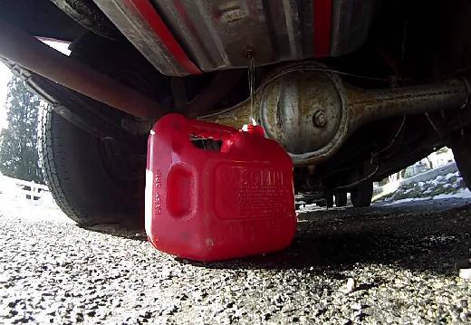 Как воруют топливо, как воруют водители бензин