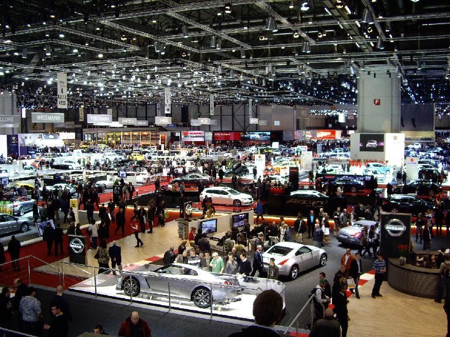 Ситуация на автомобильном рынке сегодня. Автомобильный рынок в России за месяц упал