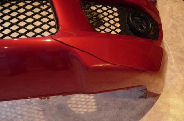 Ремонт трещины на бампере