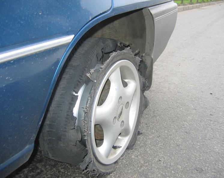 Что делать если на скорости колесо взорвалось