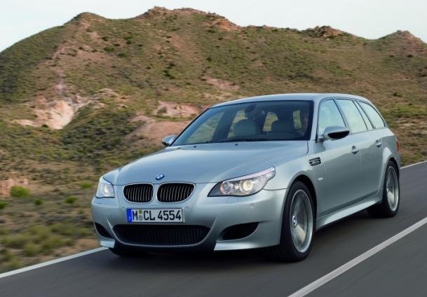 BMW M5 - фото, видео обзор авто