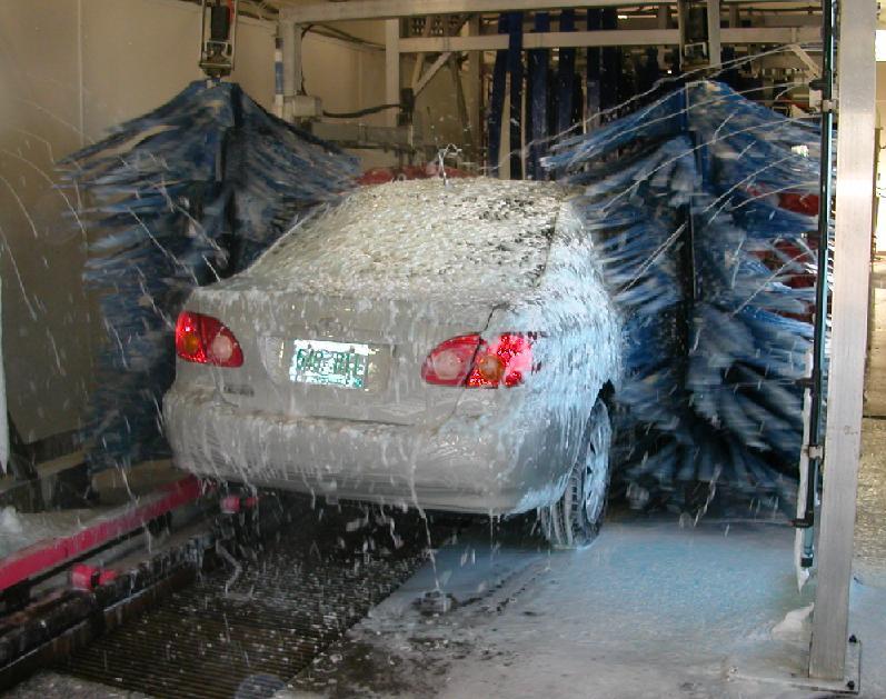 Почему лучше мыть машину на автомойке или преимущества автомойки