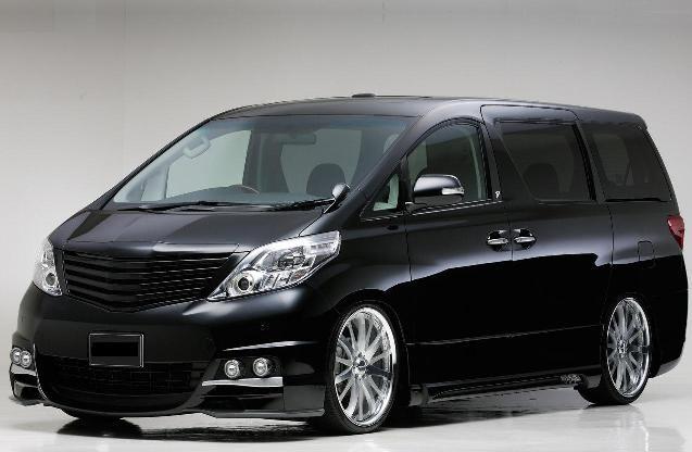 Автоконцерн Toyota открывает прием заказов на новый минивэн Alphard