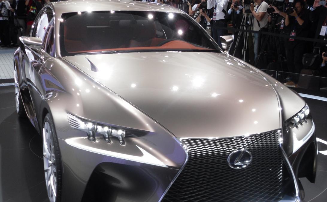 new-Lexus